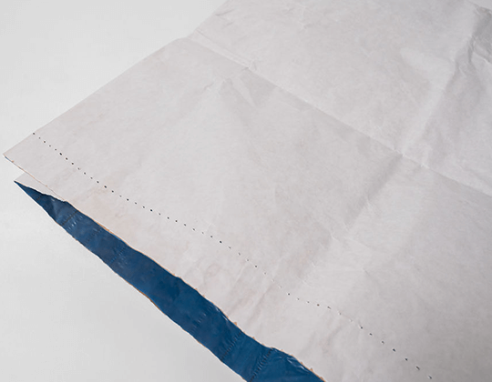 white and blue specialist sack